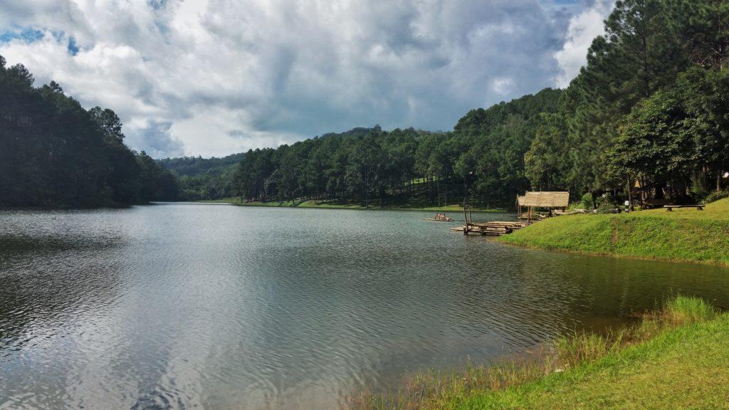 Jezioro nadBan Huai Makhuea Som
