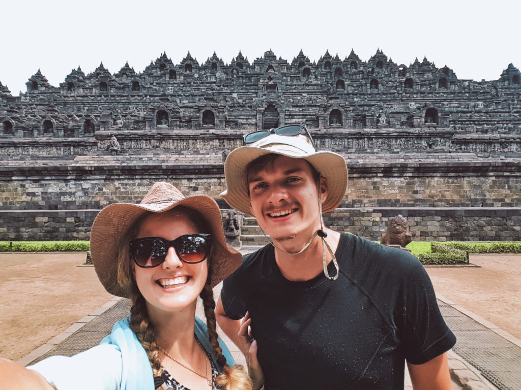 Borobudur - najbardziej tajemnicza świątynia wIndonezji (6)