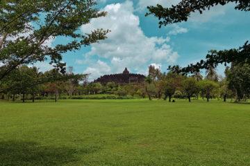 Borobudur - najbardziej tajemnicza świątynia w Indonezji (8)