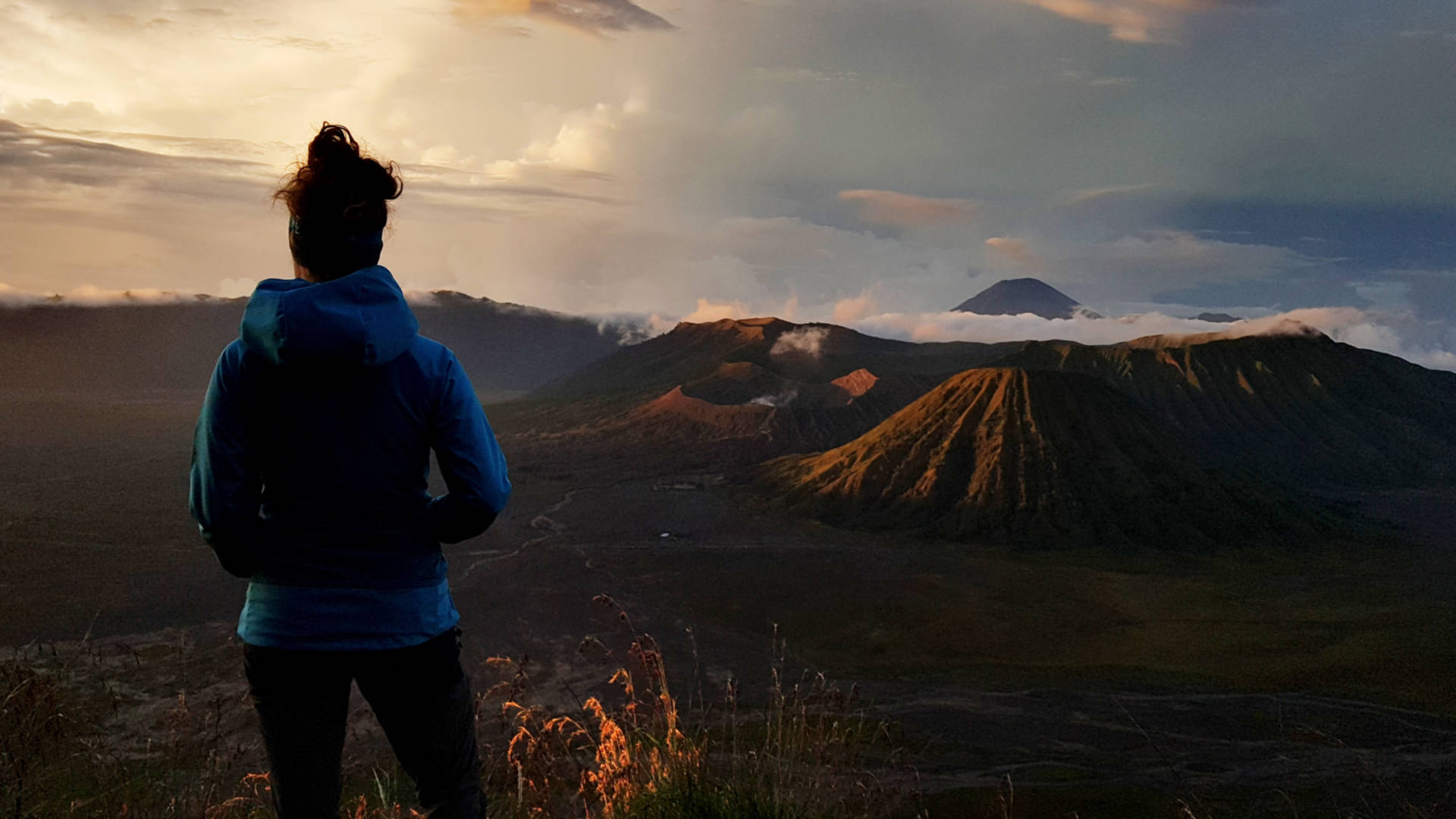 Wschód słońca nadwulkanem Bromo (12)
