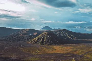 Wschód słońca nad wulkanem Bromo (17)